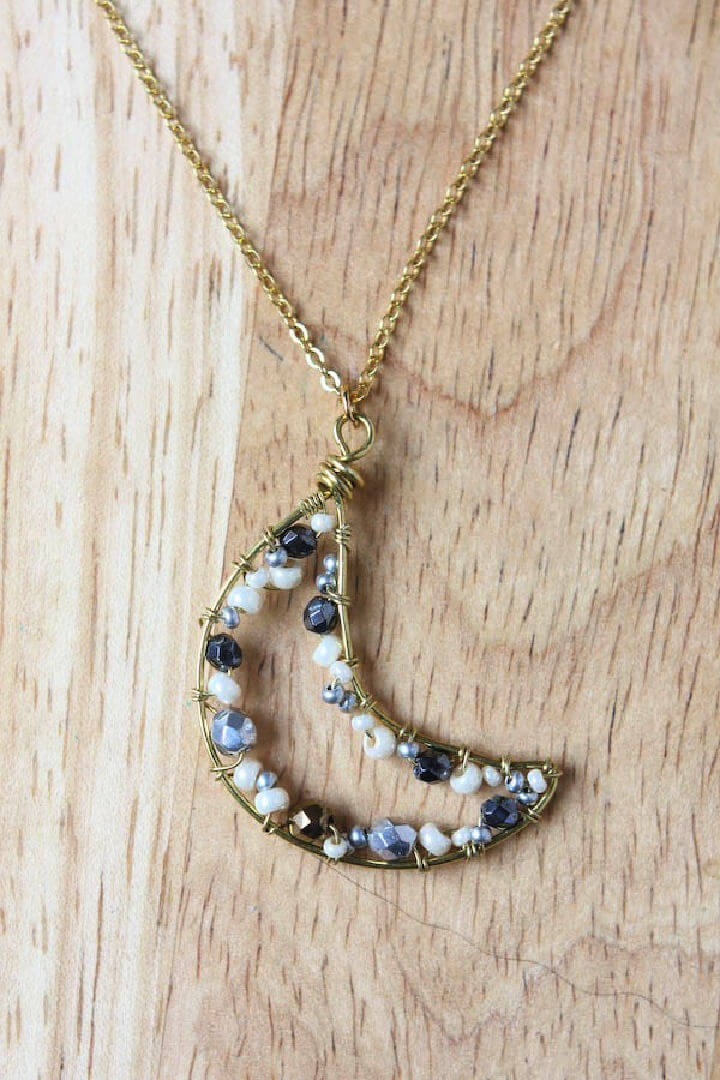 Wire Crescent Moon Necklace