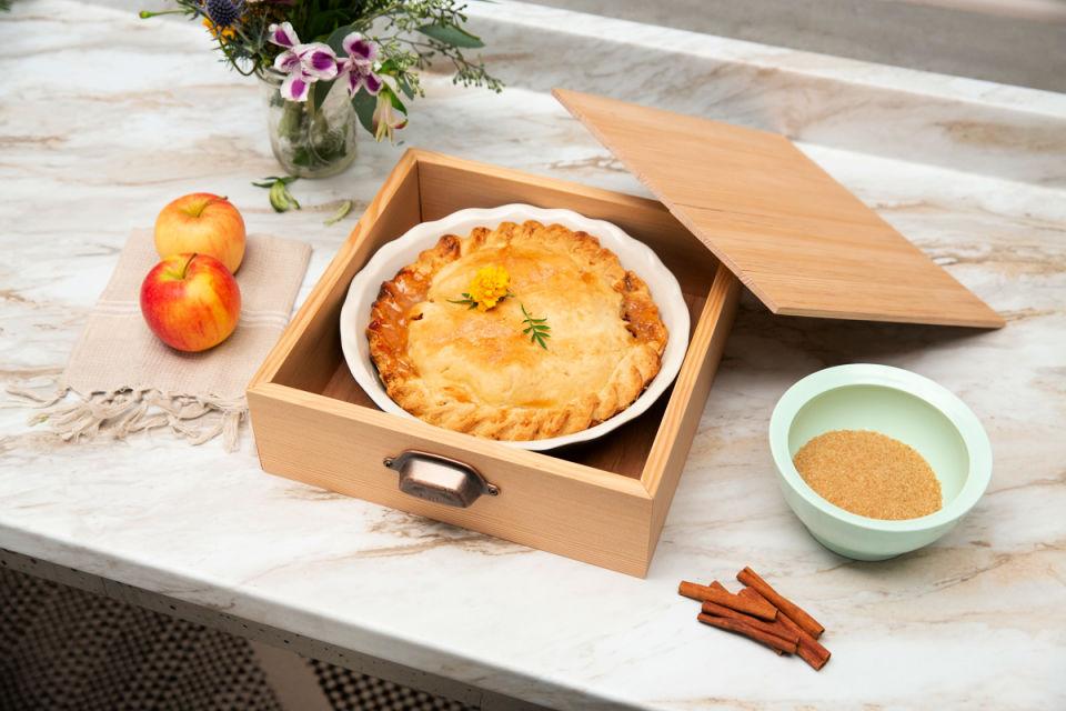 Wooden Thanksgiving Pie Gift