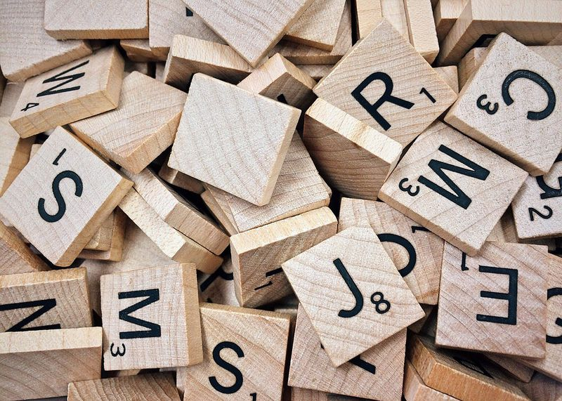 7 Best Word Games to Play With Friends