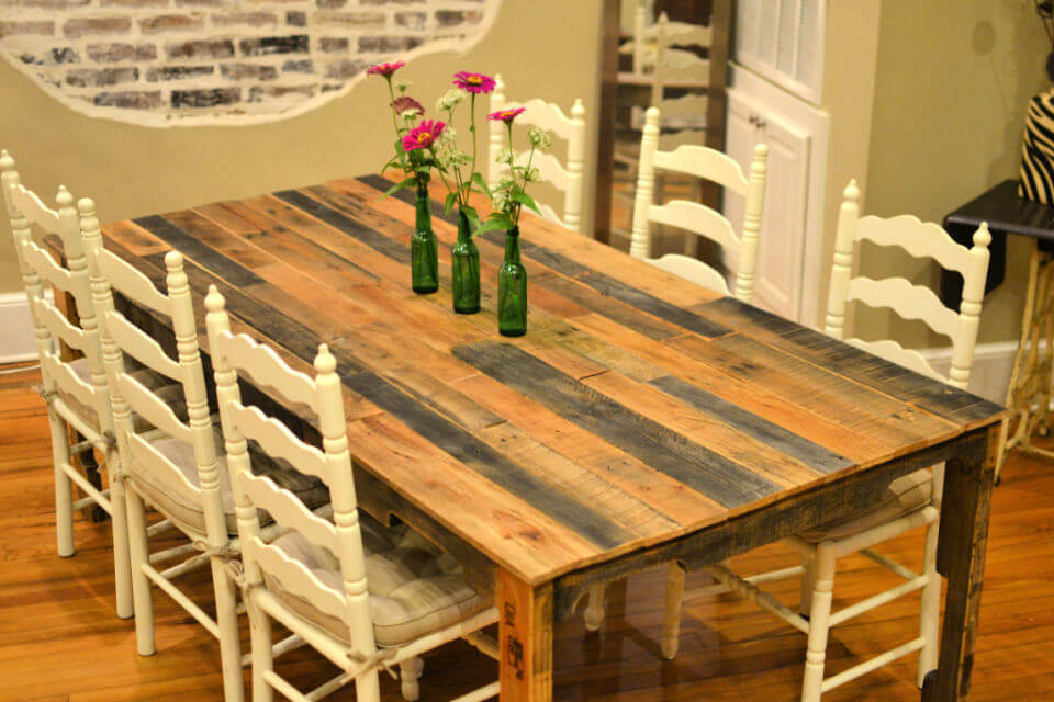 Building a Pallet Dining Table