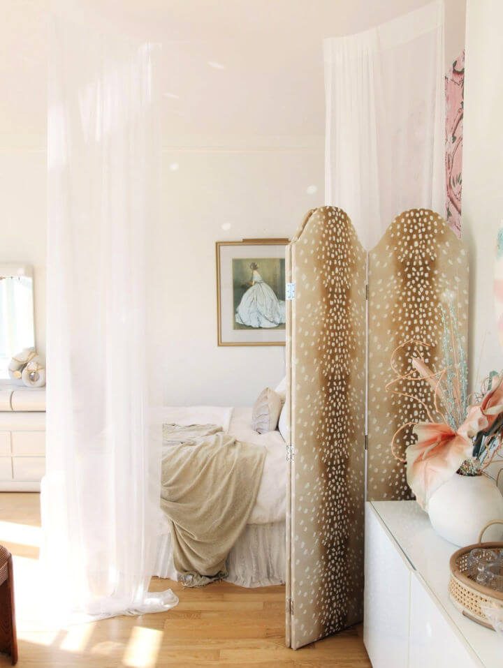 Chic Room Divider with Curtains