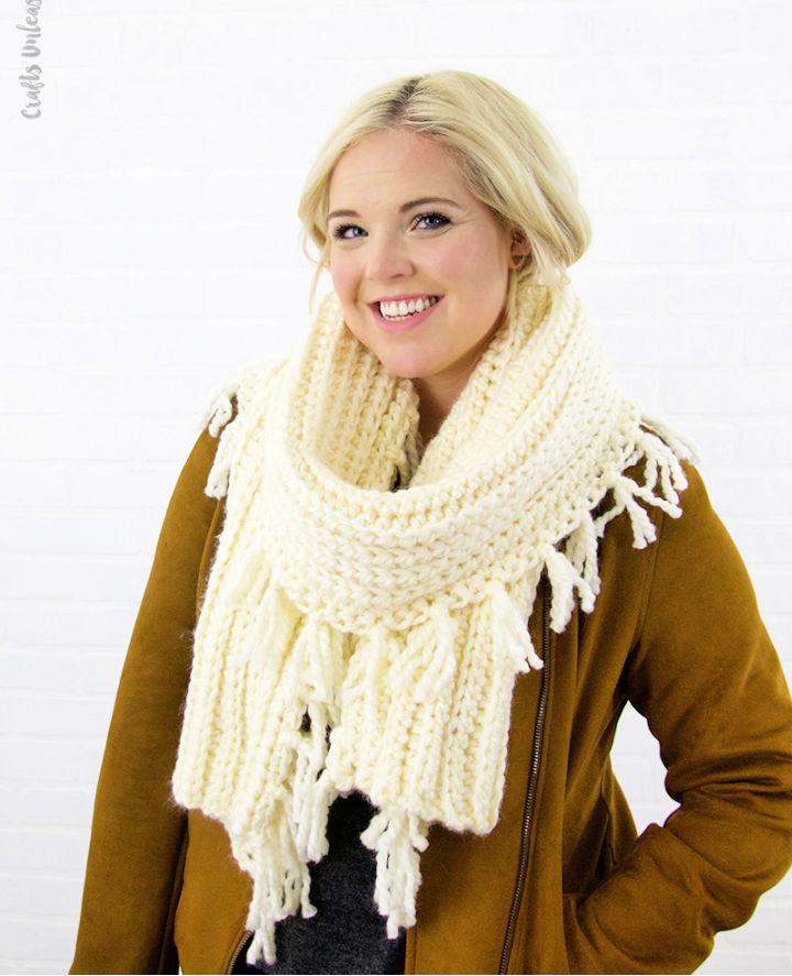 Chunky Tassel Crochet Scarf