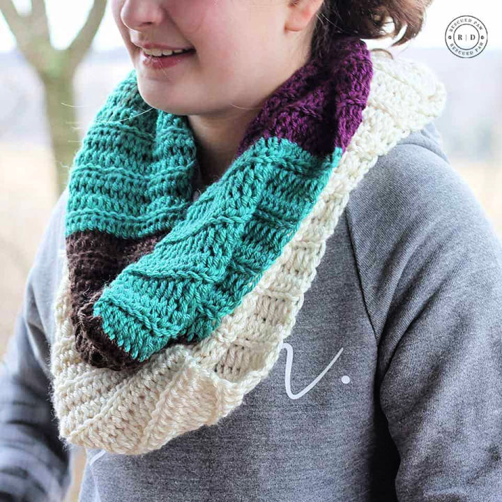 Color Blocked Crochet Infinity Scarf