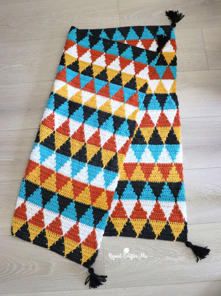 Crochet Triangle Blanket