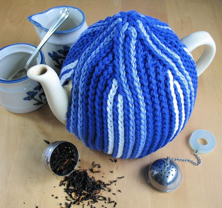 Crochet Vicars Tea Cozy