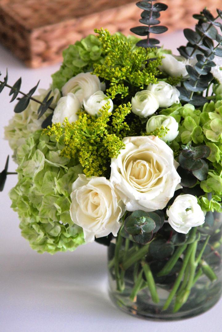 Elegant DIY Flower Arrangement