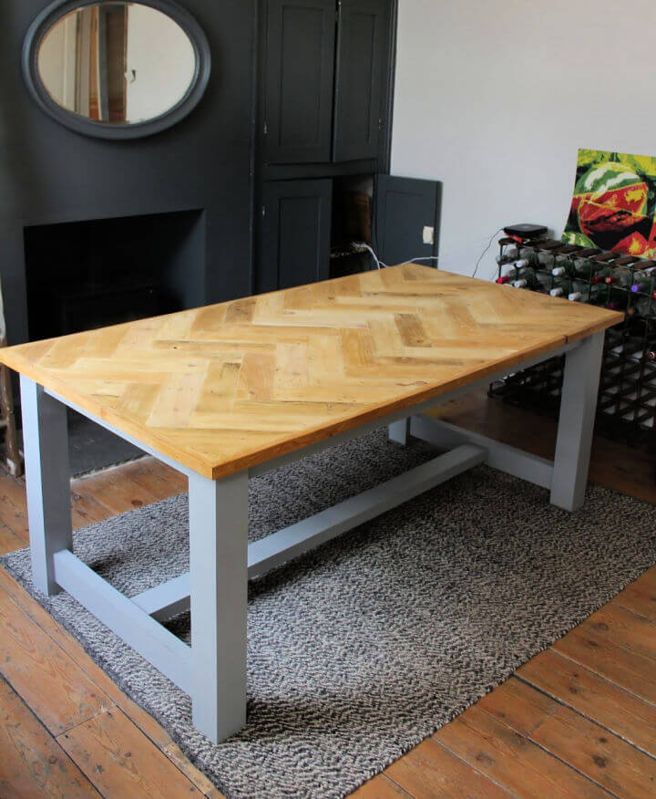 Farmhouse Table with Pallet Wood