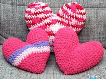Free Crochet Heart Pillows Pattern