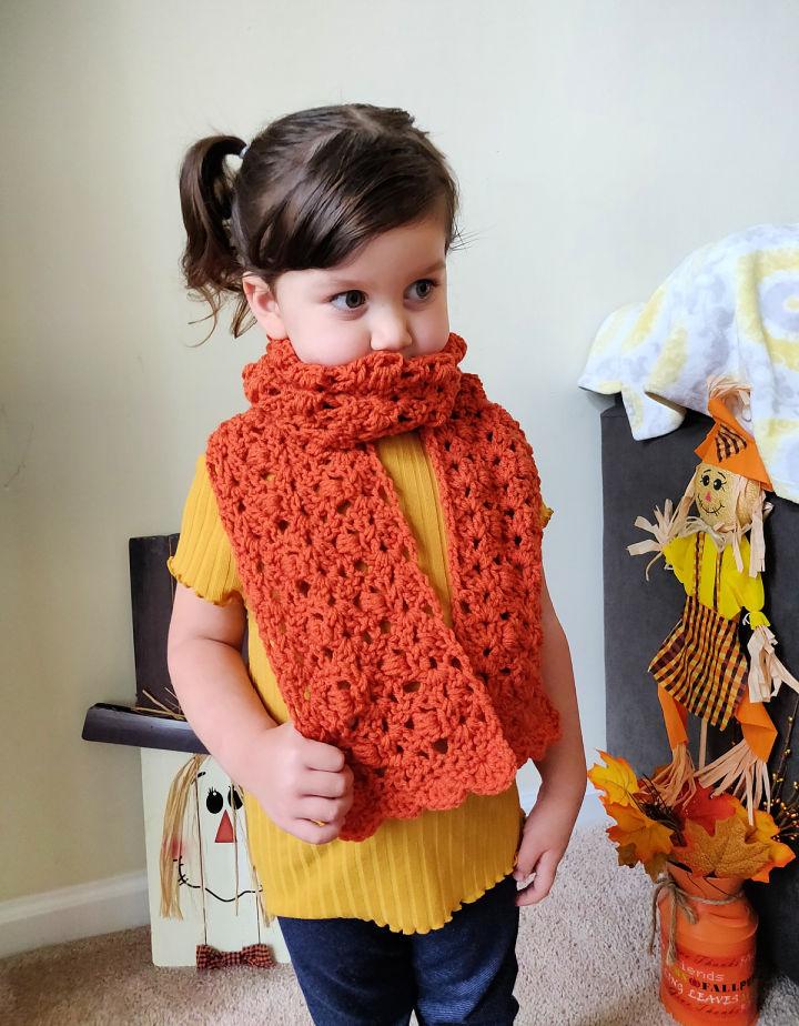 Kids Fall Scallop Crochet Scarf