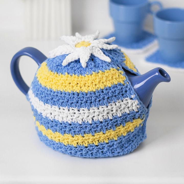Lily Sugarn Cream Daisy Motif Crochet Tea Cozy