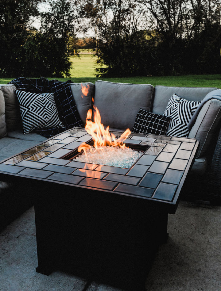 Modern Fire Pit with Tile
