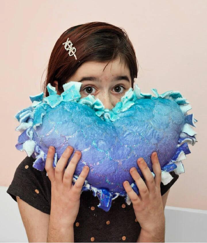 No Sew Heart Pillow