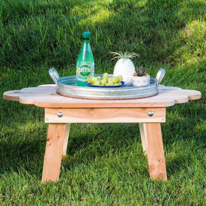Outdoor Folding Adirondack Table