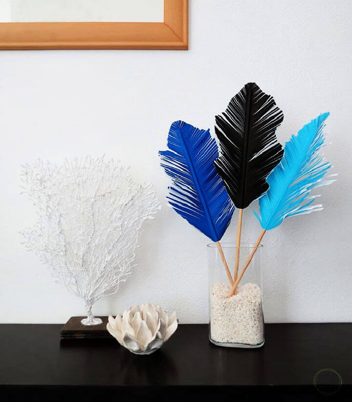 Paper Feather Vase