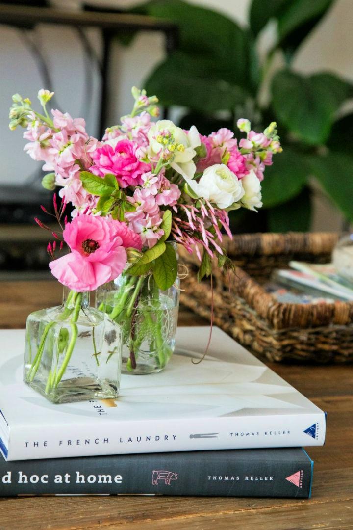 Simple Flower Floral Arrangement