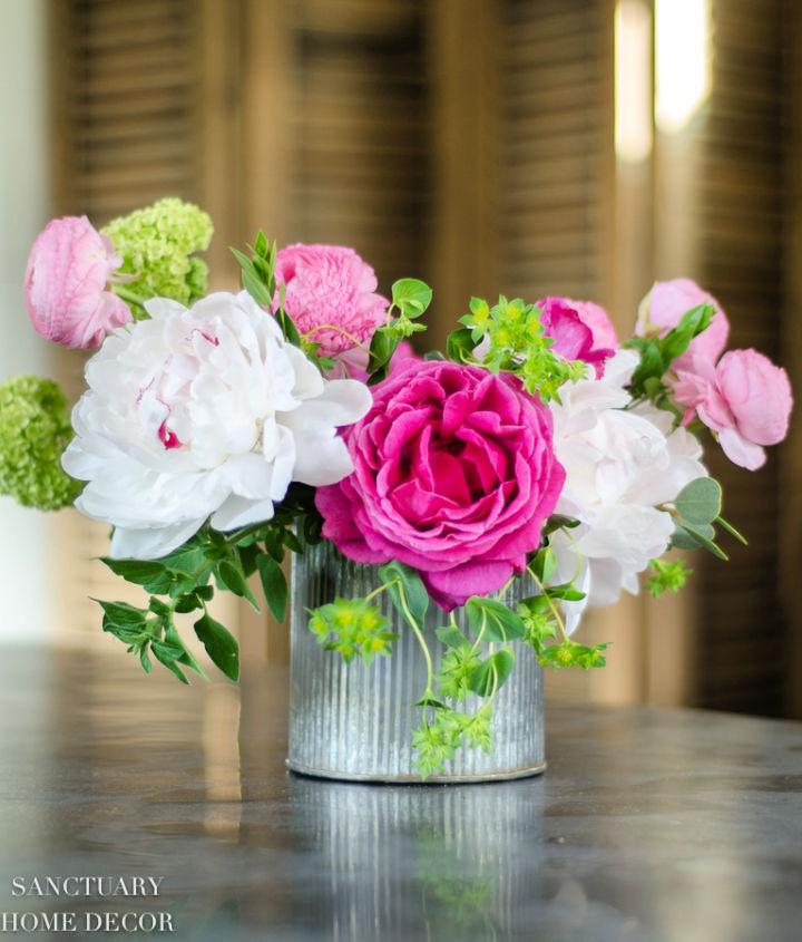 Spring Flower Arrangement in 10 Minutes