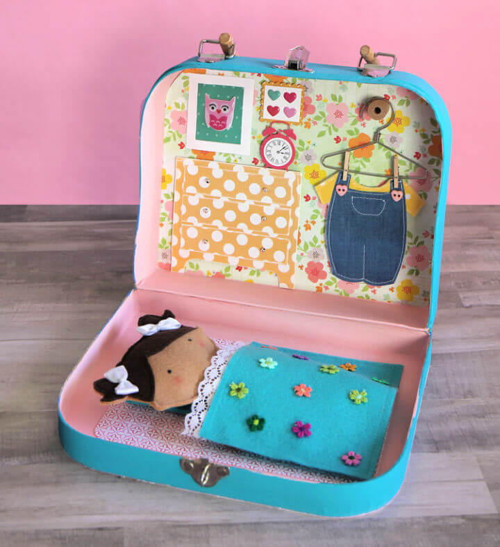 Suitcase Miniature Dollhouse
