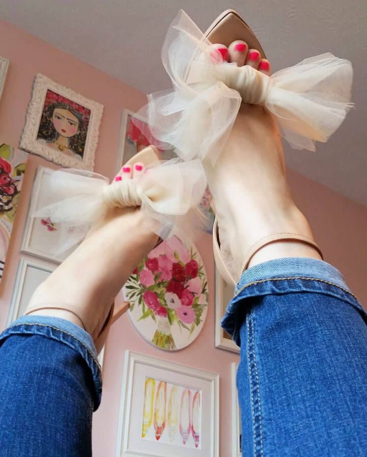 Tulle Bow Shoe Makeover