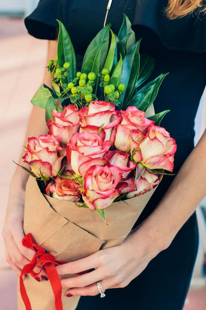 Valentine Flower Arrangement Idea