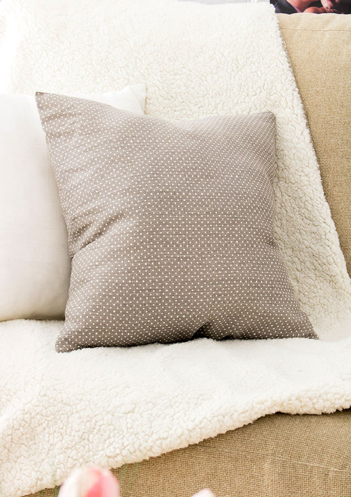 12 X 16 Pillow Cover in 10 Minute