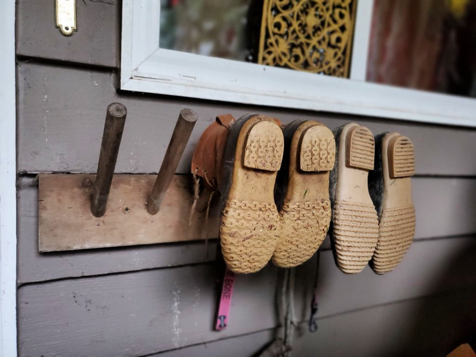 Boot Rack for Porch