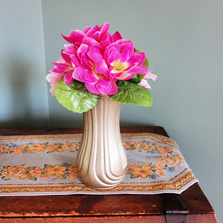 Cheap DIY Flower Vase