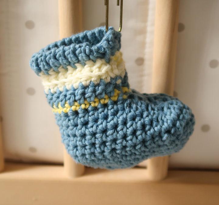 Crochet Boutchou Baby Booties