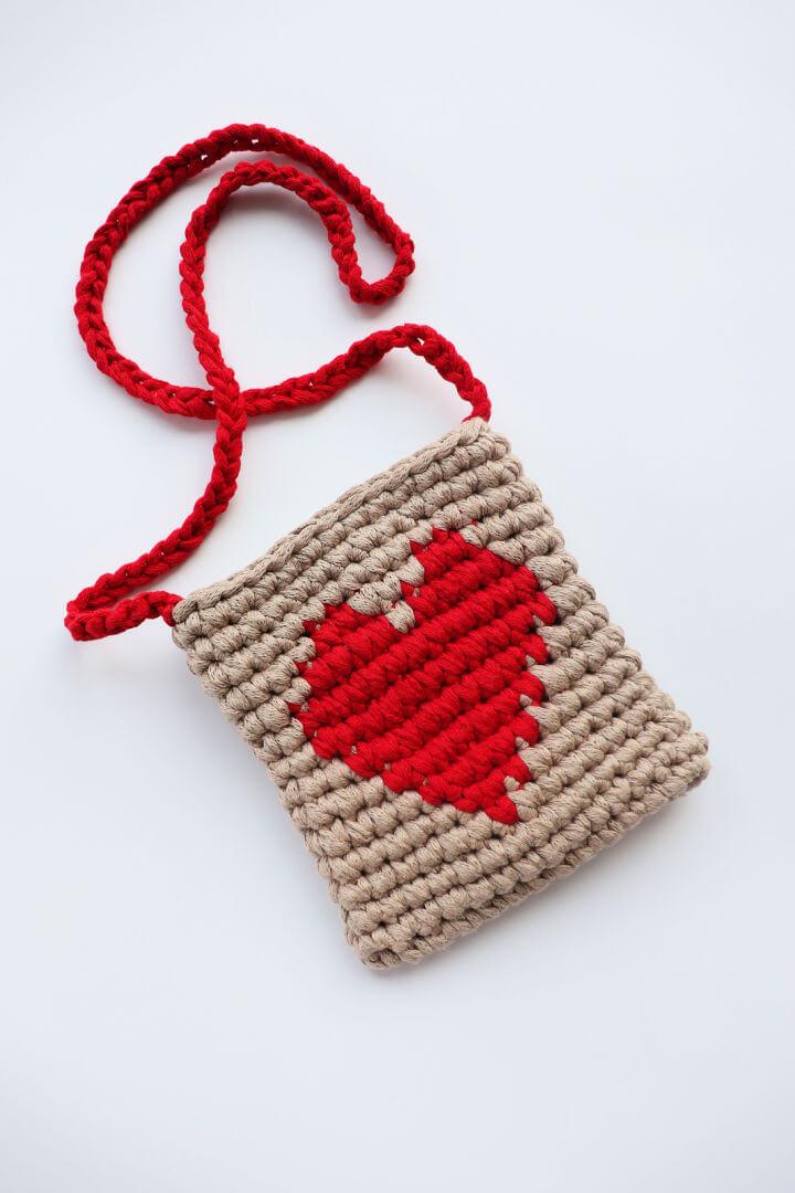 Crochet Lovely Heart Purse
