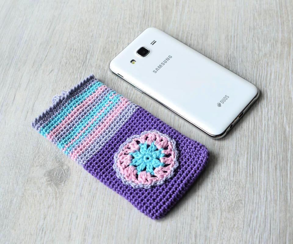 Crochet Secret Pearl Phone Cozy