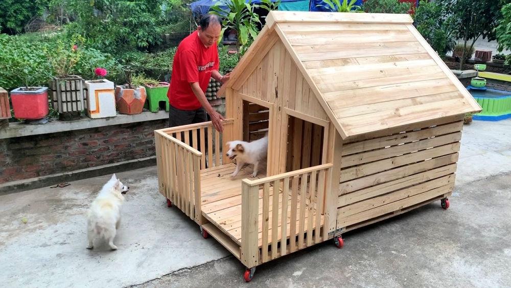 DIY Wood Pallet Dog House