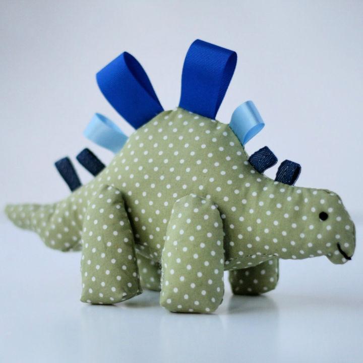Dinky Dinosaur Tag Toy for Newborn Babies