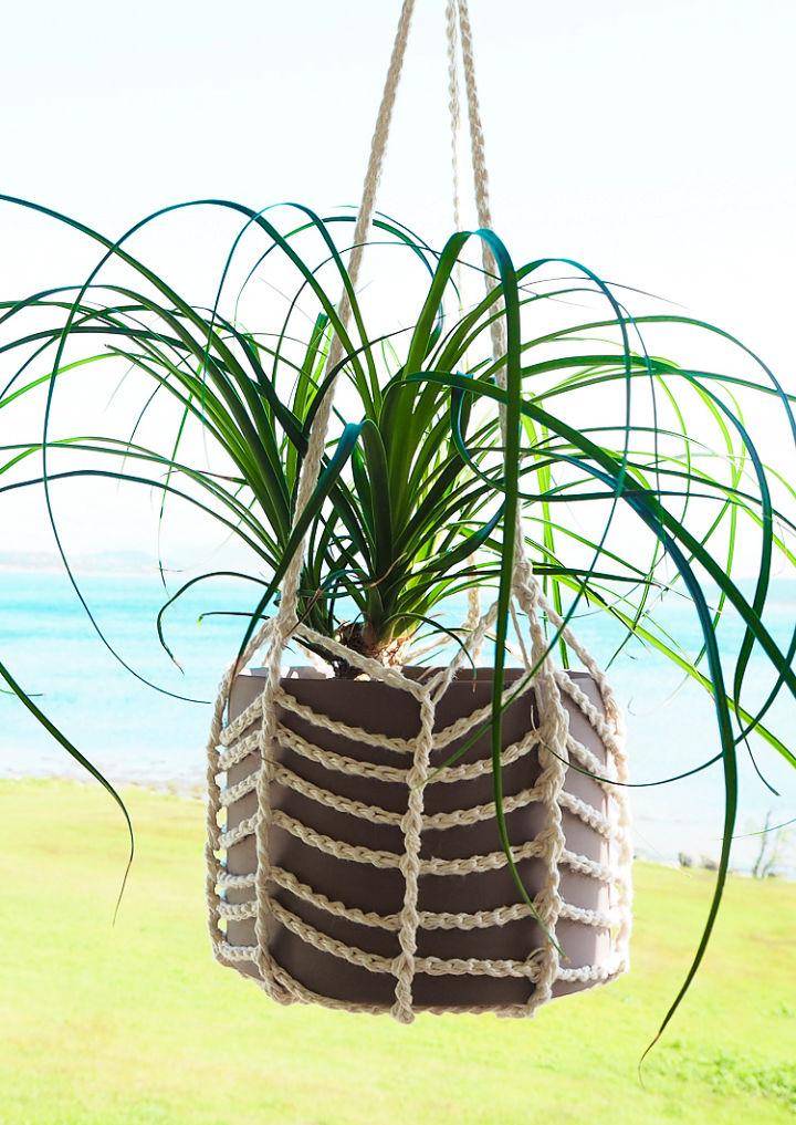 Easy Crochet Plant Hanger