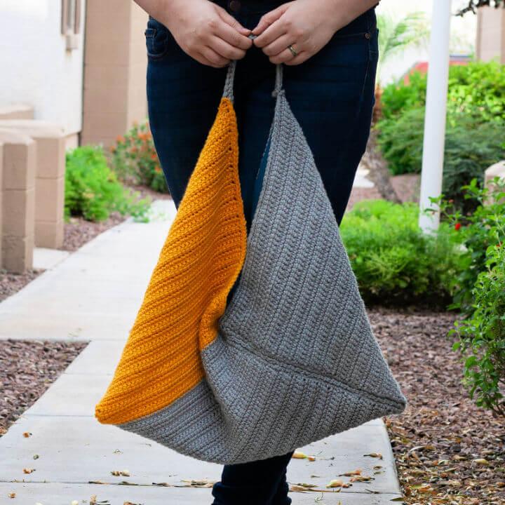 Easy Trifold Crochet Bag Pattern