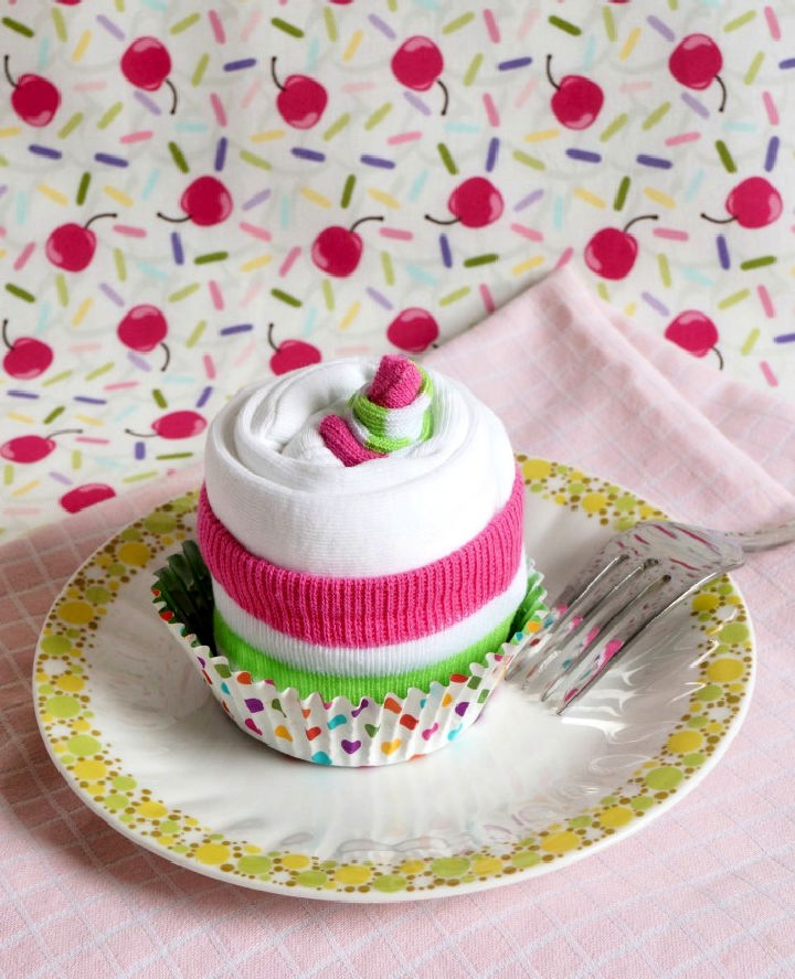 How to Make Onesie Cupcake
