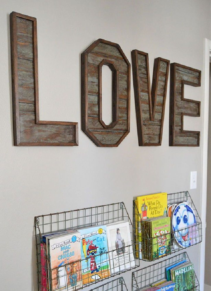 How to Make a Pallet Wood Letters