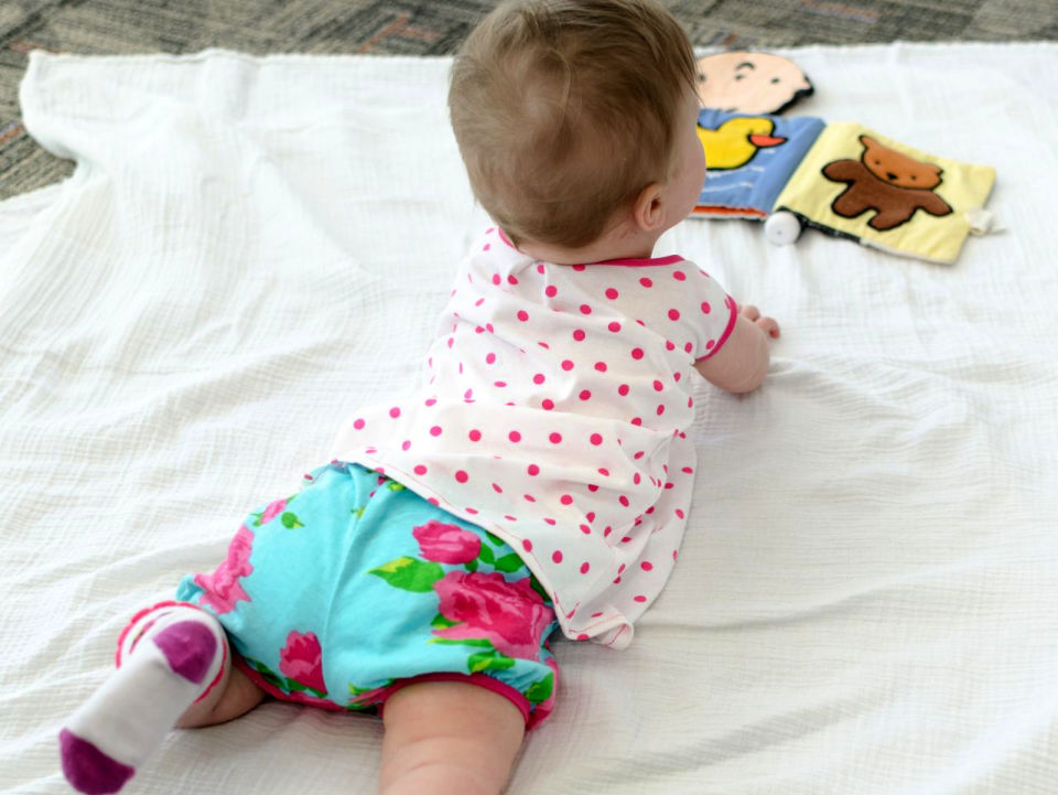 How to Sew Baby Bloomers