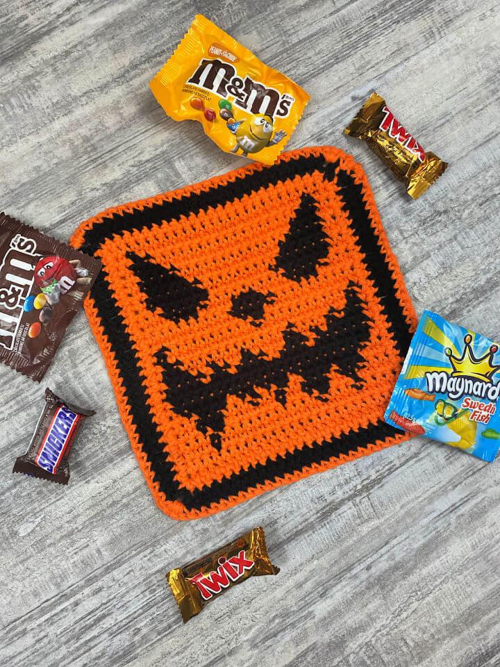 Scary Jack O lantern Crochet Dishcloth
