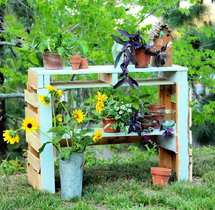 Two Pallet Potting Bench