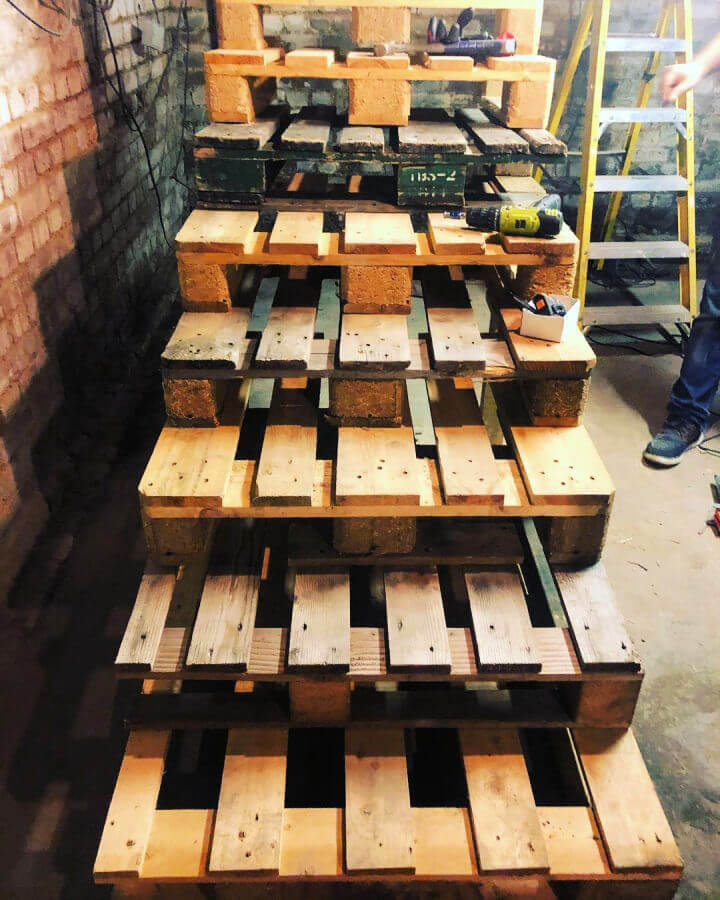 Pallet Stair Project