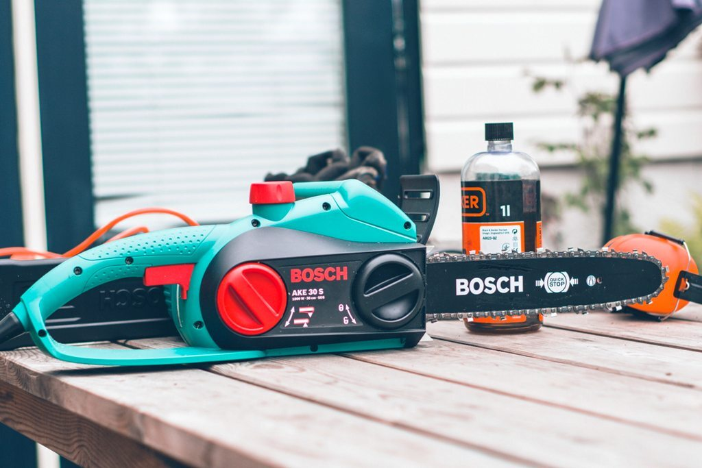 Looking To Buy A Chainsaw